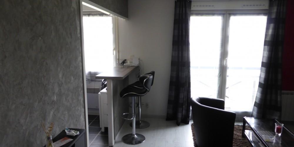 m morial apparthotel caen. Black Bedroom Furniture Sets. Home Design Ideas